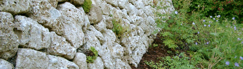 Brannenburger Nagelfluh Trockenmauer